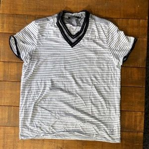 Full Circle Shirts - Full Circle V-Neck T-shirt